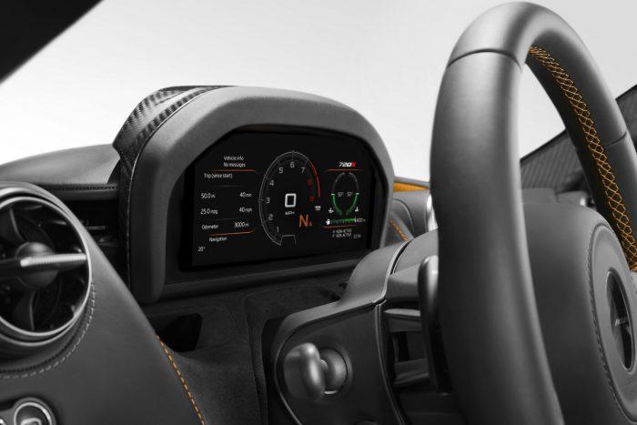 Megérkezett az új McLaren 720S 11