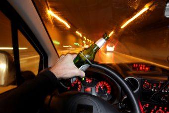 Csattanó nélküli videóval üzen a rendőrség az ünneplő autósoknak