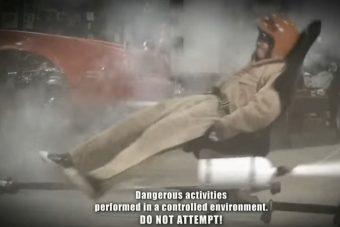 Mennyire jó ötlet két nitropalackkal hajtott irodai székbe ülni?