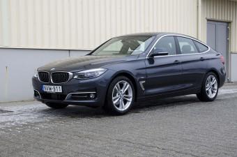 Húszmilliós unalom a BMW-től