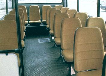 A busz belső terét IMAG Halas I-es utasülésekkel szerelték. A képen a demó busz utastere látható.