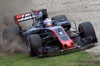 F1: Baleset miatt leállították az edzést - videó