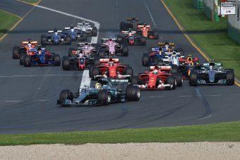 F1: Közös bemutatón jönnek a 2018-as autók