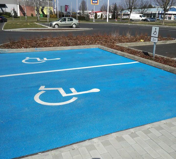 nagykanizsa-mozgáskorlátozott-parkoló (1)