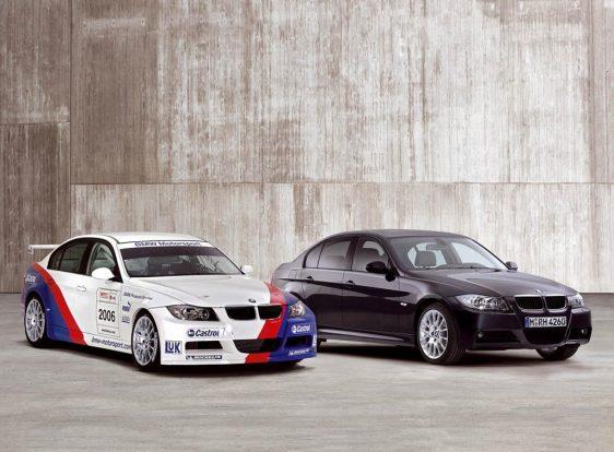 A BMW 320si rendre bekerül a legrosszabb motorok válogatásokba, de kétség kívül érdekes modell, hiszen a WTCC-s túraautó génjeit hordozza magában. Karbon szelepfedeles 2 literes szívó benzinese 173 lóerős és 200 Nm nyomatékú, valamint nagyobb szívó- és kipufogó szelepeket kapott. 2600 darab készült a 320si-ből.