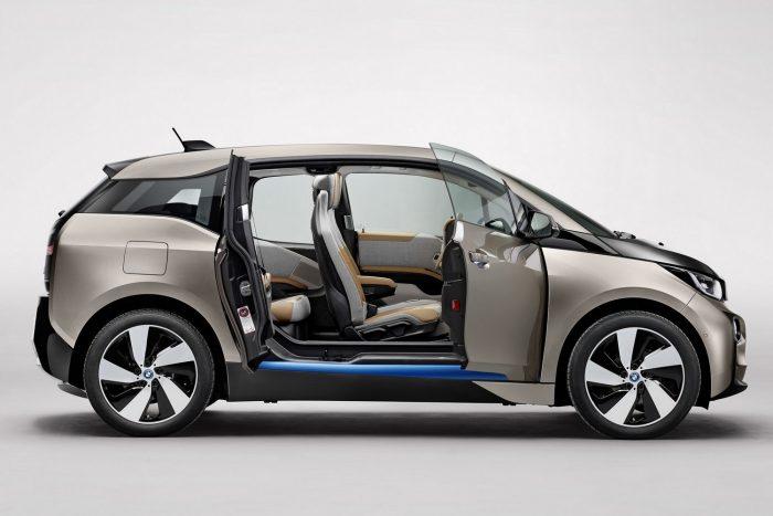 BMW i3 REX (203. szept. 9. – 2016. december 30.) A hatótávolságnövelővel szerelt modellek üzemanyagtartálya a vezetékek nem optimális elvezetése miatt a szellőztetőnél szivároghat, tűzveszélyt okozva.