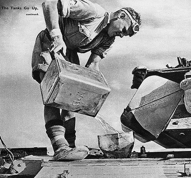 Így fröcskölték a benzint a szövetségesek, nem volt túl hatékony a módszer