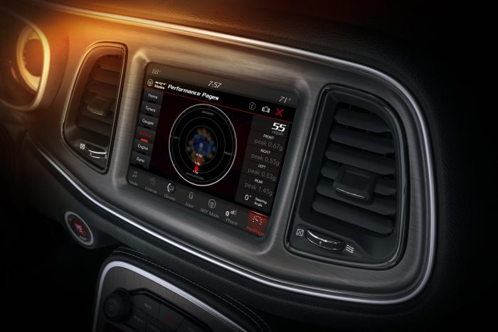 The Challenger SRT Demon's Performance Pages feature a new G-Force page, which displays instantaneous and peak lateral force readings displayed on the 8.4-inch Uconnect touchscreen.