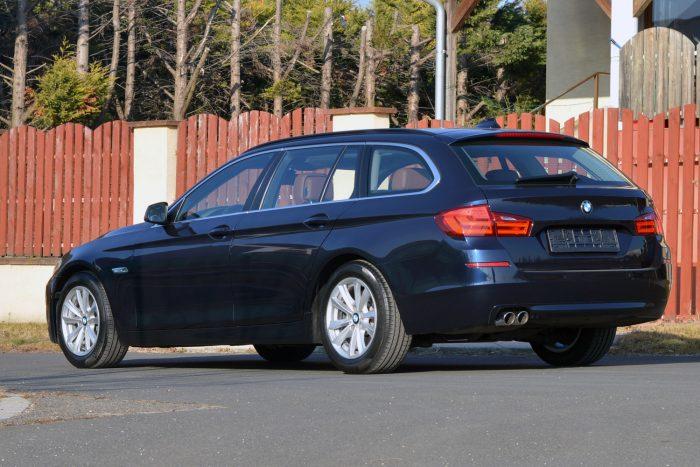 Egyet kell megjegyezni: ez az 5-ös BMW akkor is 15-20 milliós autó, ha használtan 5-7 millióért megvehető. A fenntartási költségei ehhez igazodnak
