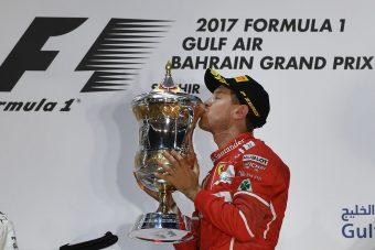 Vettel: Imádom ezt csinálni!