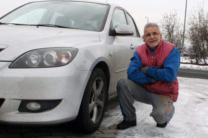 Tóth József két évtizede javít Mazdákat, a fővárosi Auto-Focusnál dolgozik. Magának nem venne dízelt használtan