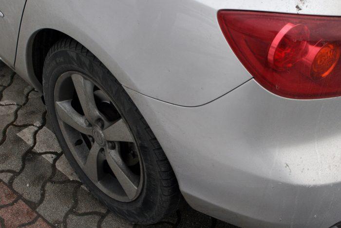 Tóth józsef autója Olaszországból jött a német és osztrák autók gyakori rozsdásodása miatt. Lakatolni nem kellett, a parkolási sérüléseket viszont kijavíttatta