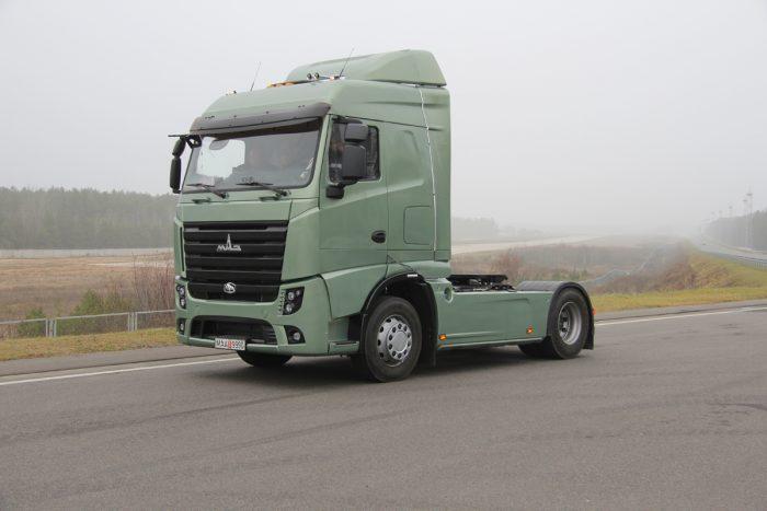 Az Euro VI-os motorral szerelt teherautóval szemben komoly reményeket táplálnak a fehéroroszok.