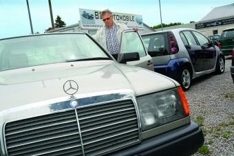 Eszelős Mercedes-eladás