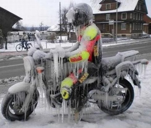Motorrijden_in_de_winter_motor_verkopen_tips(1)