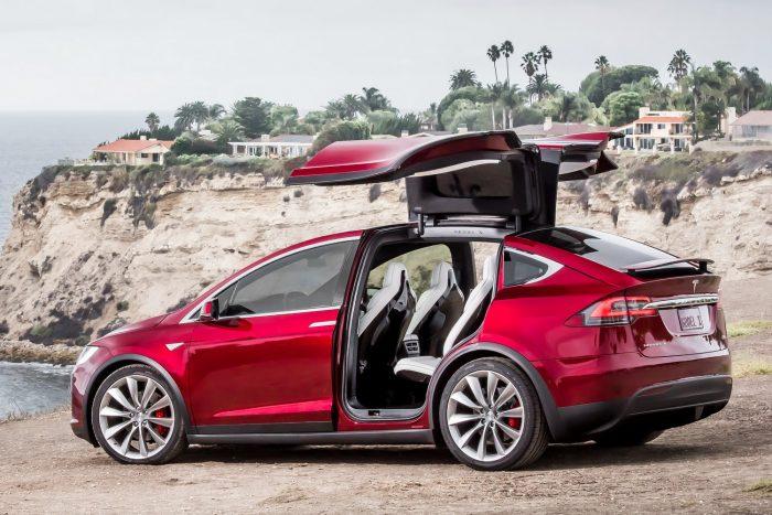 Luxusautó: Tesla Model X