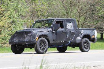 Megcáfolhatatlan tény: jön a Jeep Wrangler pickup