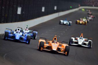 Alonsót Indianapolisban is a Honda csinálta ki
