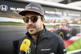 F1: Alonso 2009-ben kihagyta a bajnoki autót