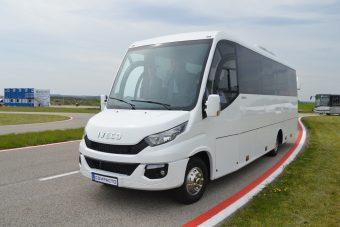 Bemutatkozik a legújabb magyar midibusz