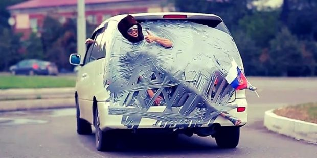 crazy-russian-roads-ushanka-hat-adhesive-tape-and-car