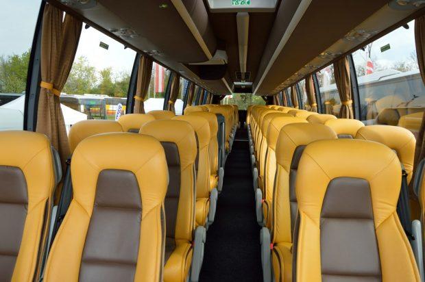 Egy Volvo 9900-as utastere. Különjárati busznak tökéletes.