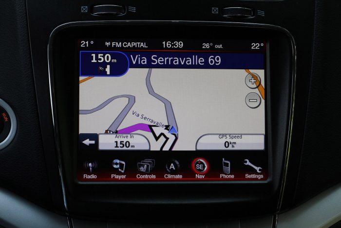 Garmin által szállított gyári navigáció egy Fiatban