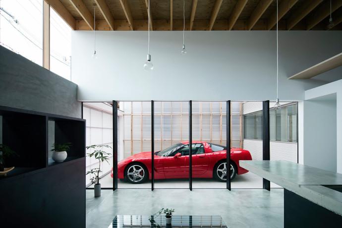 Glass-Garage-House-2-690x460