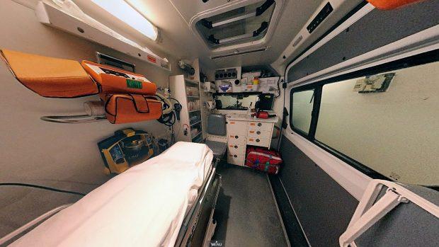 A mentőautó belülről így fest