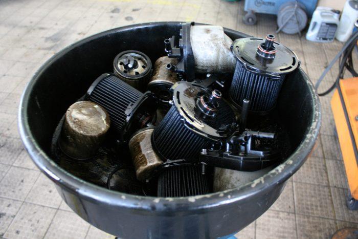 Sok múlik a szűrőkön, csak jó minőségű olaj-, üzemanyag- és légszűrővel lesz hosszú életű a motor