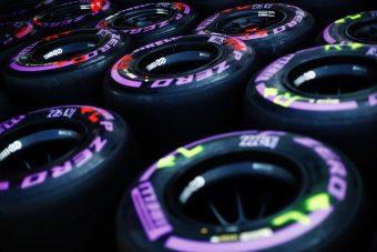 F1: Eltérő stratégiával kezd a három élcsapat