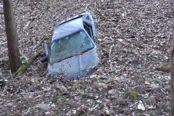 Eltemetett Toyota Suprát talált a blogger az erdőben
