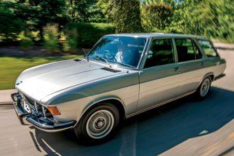 Döbbenetesen ritka ez a puttonyos BMW
