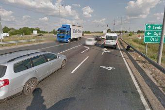 Tahóság a benzinkúton levágni az utat Budapest felé?