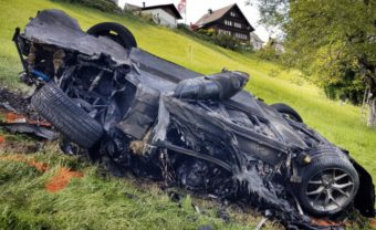 Hajmeresztő esést úszott meg a Top Gear sztárja