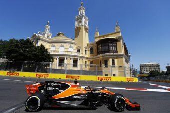 F1: Alonso szerint nyernie kellett volna Bakuban