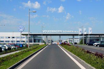 Indul a sztrájk, leállt a gyártás a VW-nél