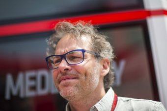 F1: Villeneuve nem akar a dobogón interjúzni