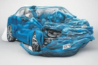 Autós kirakó emberi testekből