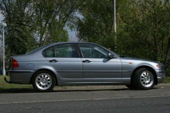 Videón a külföldről behozott slágerautó, a 3-as BMW