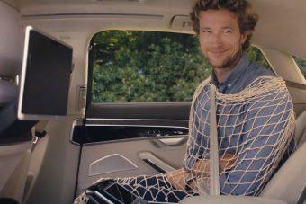 Az új Audi A8 olyat tud, amit még semmi