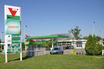 Újdonság a magyar benzinkutakon, aminek sokan fognak örülni