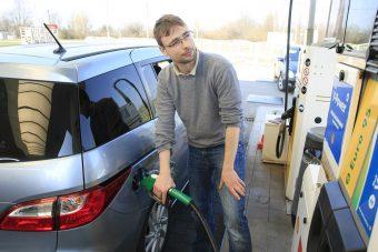Fordulat a hazai benzinkutakon szerdán