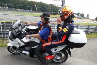F1: Alain Prost kért bocsánatot Verstappentől