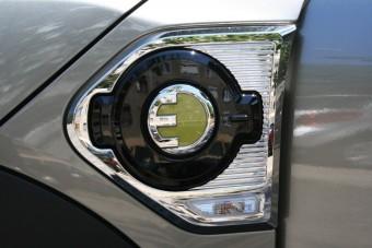 Megússzák az újabb adót a magyar autósok