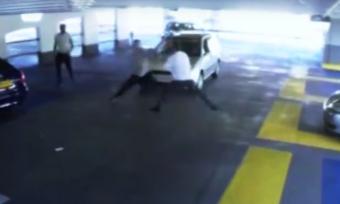 Videón a KO-val végződő parkolóházi incidens