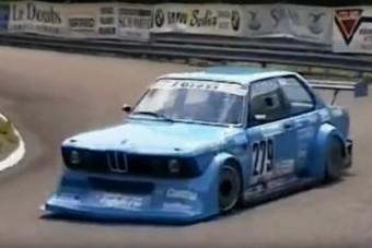 Őrületes ez a hegyi felfutón versenyző BMW