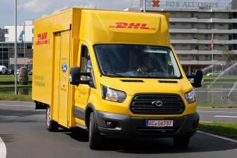 Elektromos Ford viszi a csomagokat Németországban