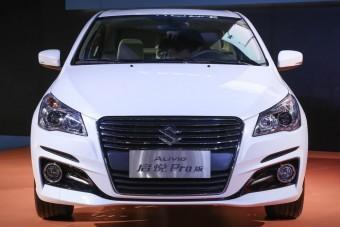 Az Audit támadja az új Suzuki