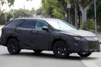 Világújdonság: jön a kényelmetlen Lexus!
